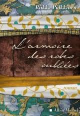 l-armoire-des-robes-oubliees